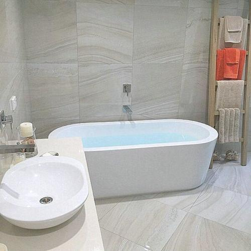 Hibiscus Coast Bathroom
