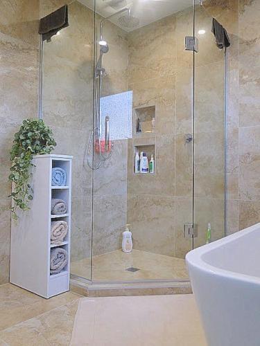 Masterton Dr Bathroom